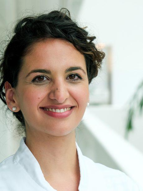 Portretfoto onderzoekster Alis Heshmatollah