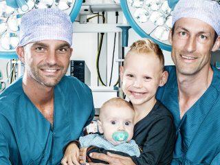 Broertjes Daan (5) en Lev (4 maanden) hebben allebei een donorhart