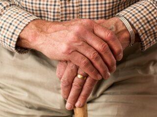 Start groot onderzoek naar COVID-19 bij ouderen