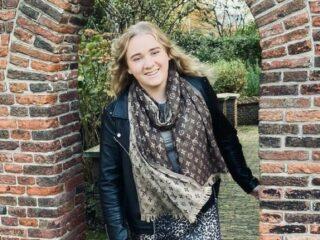 Maaike kreeg trombose op haar 15e: 'Ik had er nog nooit van gehoord'